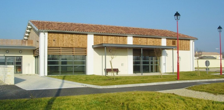 Salignac salle socio culturelle facade 1